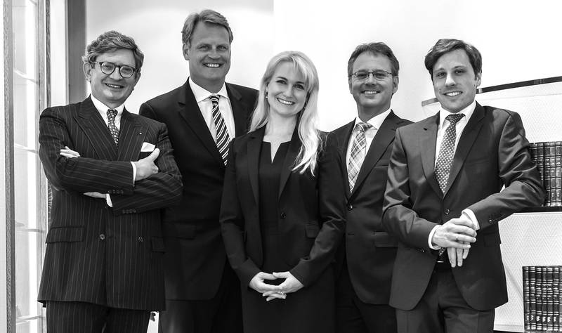 Gruppenbild der Anwälte Gillmeister, Rode, Schmedding, Hinderer und Langenhahn.